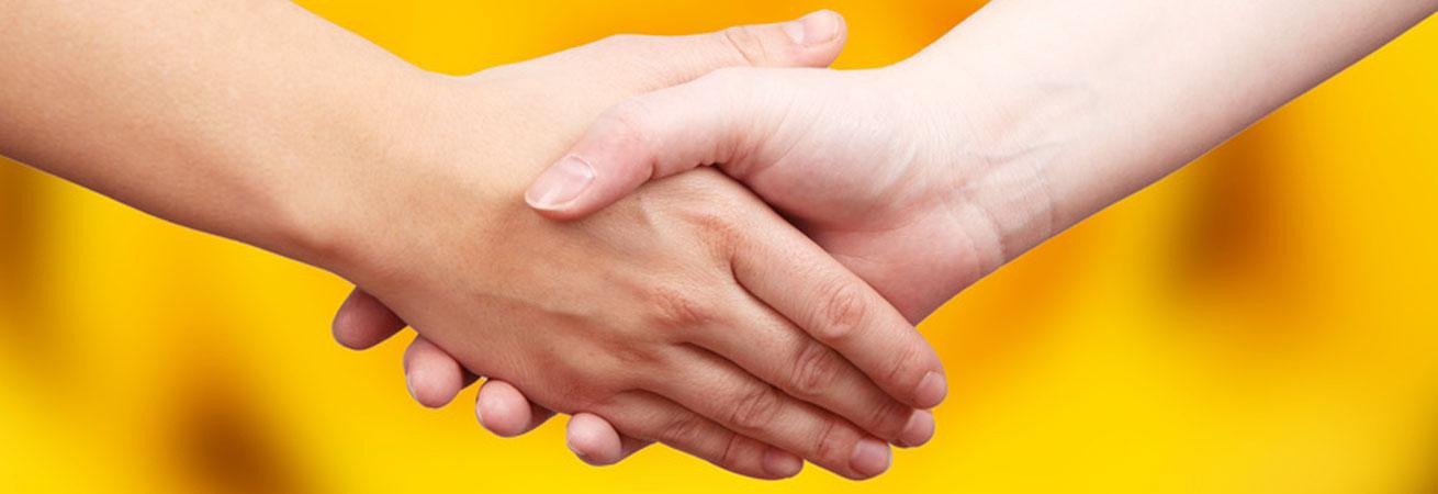Der Familienservice sucht Familienpfleger/innen und Hauswirtschafter/innen, Kinderpfleger/innen, Hauswirtschaftliche Betriebsleiter/innen, Krankenschwestern, Altenpfleger/innen, Hebammen, Erzieher/innen, Sozialpädagog/innen für die Kreise Böblingen, Calw und den Enzkreis