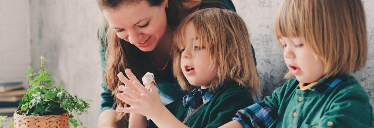 Haushaltshilfe und Familienpflege ist eine Unterstützungsmaßnahme für Familien. Die Leistung kann beansprucht werden, wenn der haushaltsführende Elternteil die Kinderbetreuung oder Haushaltsorganisation nicht mehr bewältigen kann